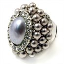 Rhodium Majestic Pearl Oval Ring