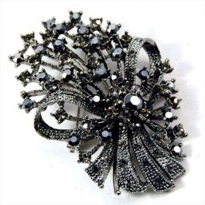 Silver Poised Bouquet Brooch