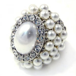 White and Rhodium Majestic Pearl Oval Ring